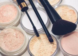 Cosmetics photo by Raphael Lovaski on Unsplash
